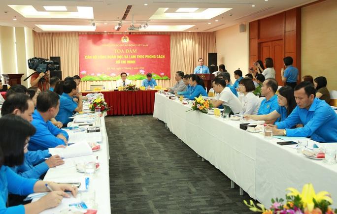 Tư tưởng Hồ Chí Minh luôn là ánh sáng soi đường cho tổ chức Công đoàn Việt Nam - Ảnh 1.