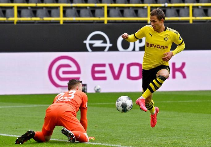 Sát thủ Haaland rực sáng, Dortmund đại thắng derby Bundesliga - Ảnh 7.