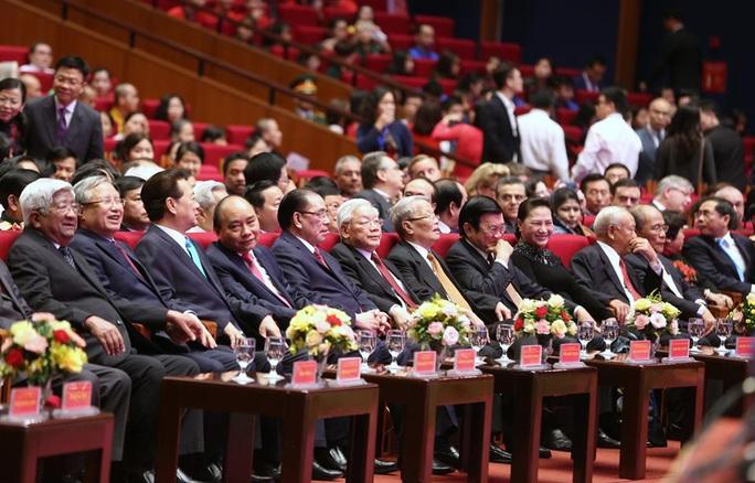 Trọng thể tổ chức Lễ Kỷ niệm 130 năm Ngày sinh Chủ tịch Hồ Chí Minh - Ảnh 6.