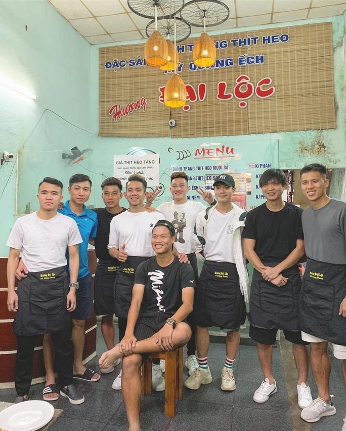 Đông Triều rủ Công Phượng mở quán ăn phong cách Hội An, hương vị Quảng Nam ở Sài Gòn - Ảnh 2.