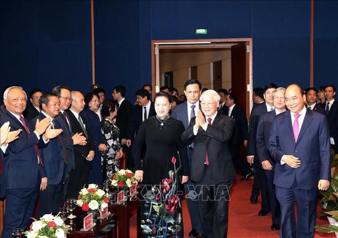 Trọng thể tổ chức Lễ Kỷ niệm 130 năm Ngày sinh Chủ tịch Hồ Chí Minh - Ảnh 2.