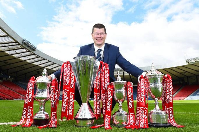Celtic thành ông trùm, 9 mùa liên tiếp vô địch Scotland - Ảnh 2.