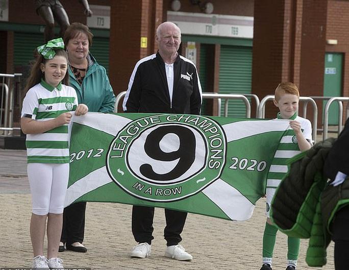 Celtic thành ông trùm, 9 mùa liên tiếp vô địch Scotland - Ảnh 4.