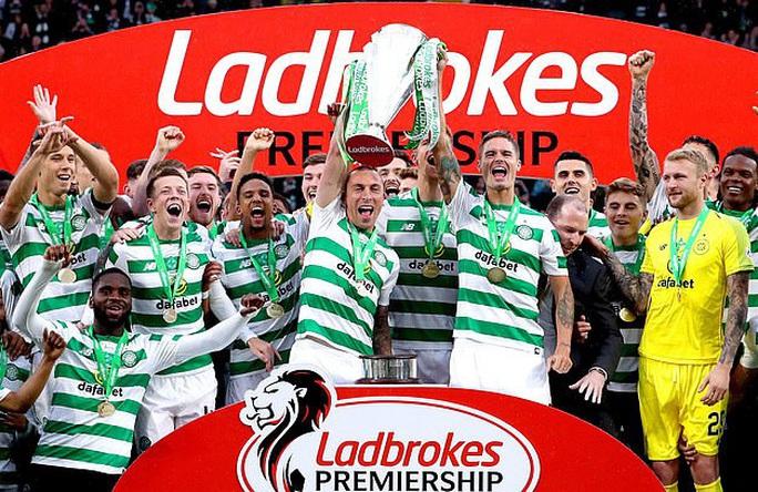 Celtic thành ông trùm, 9 mùa liên tiếp vô địch Scotland - Ảnh 1.