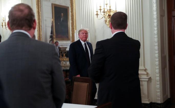 Tổng thống Mỹ tăng sức ép lên WHO - Ảnh 1.