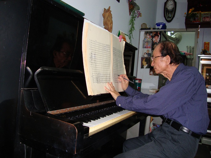 Nghệ sĩ tiếc thương GS-TS - nhạc sĩ Nguyễn Văn Nam - Ảnh 2.