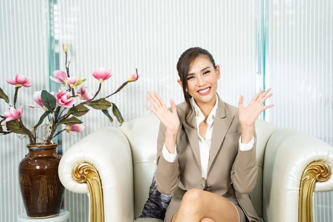 Siêu mẫu Võ Hoàng Yến nói về mối bất hòa với giới showbiz - Ảnh 3.