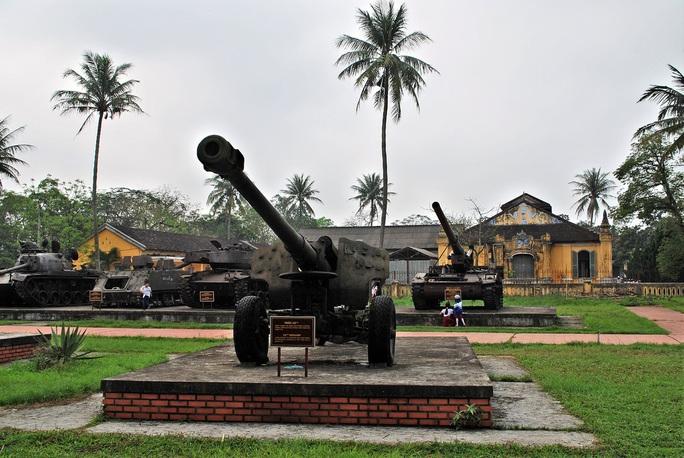 Đưa xe tăng, máy bay... ở bảo tàng ra khỏi kinh thành Huế bằng cách nào? - Ảnh 5.