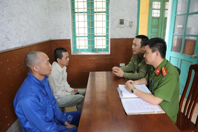 Nhóm người Trung Quốc móc nối với người Việt dùng  thẻ ngân hàng giả rút 300.000 USD - Ảnh 1.