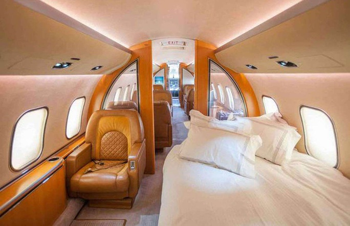 Ngắm cung điện bay 80 triệu USD của tỉ phú Abramovich - Ảnh 5.