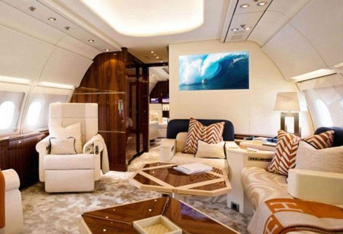 Ngắm cung điện bay 80 triệu USD của tỉ phú Abramovich - Ảnh 3.