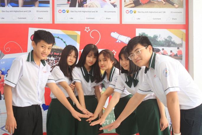 TP HCM: Trường ngoài công lập không thi tuyển dưới bất kỳ hình thức nào - Ảnh 1.