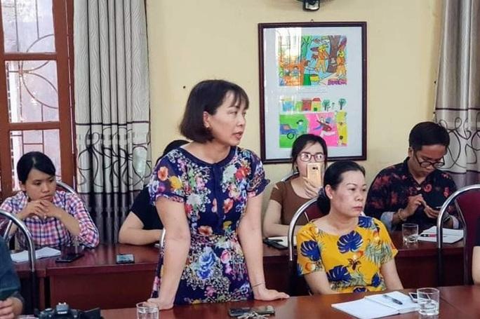 Chủ tịch UBND TP Hải Phòng: Học sinh đứng ngoài cổng trường không phải do nhà trường và giáo viên - Ảnh 1.
