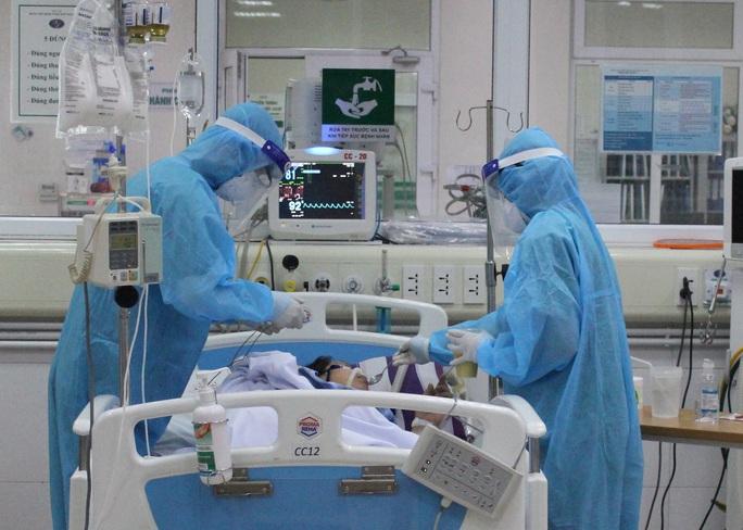 Phi công người Anh sắp được chuyển sang Bệnh viện Chợ Rẫy - Ảnh 1.