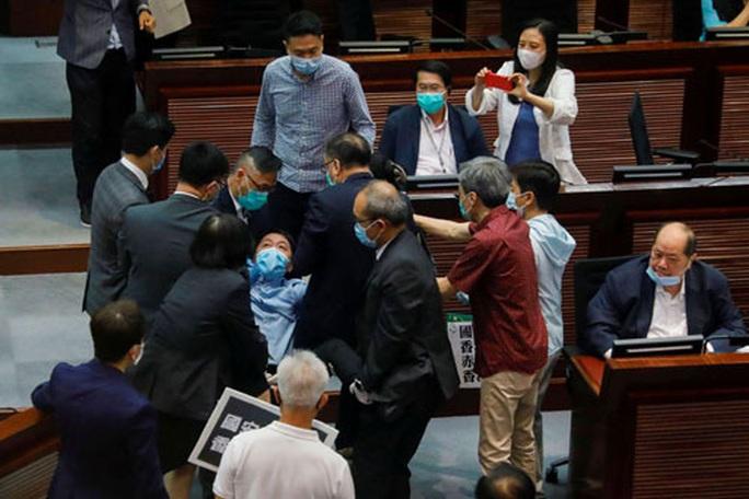 Mỹ không dễ trả đũa Trung Quốc về vấn đề Hồng Kông? - Ảnh 1.