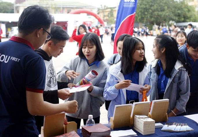 Hà Nội: Thị trường lao động sẽ khởi sắc trở lại - Ảnh 1.