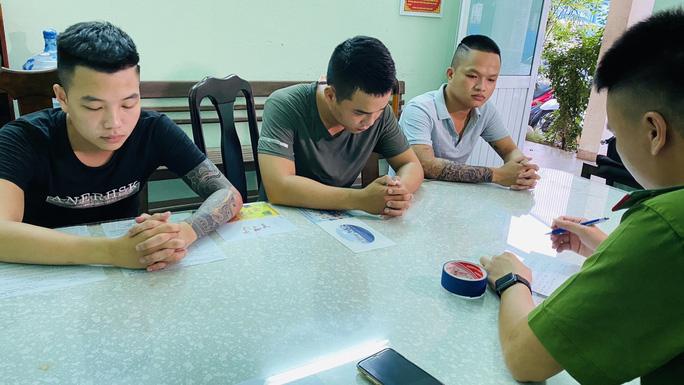 Đà Nẵng: Truy xét đối tượng huy động băng nhóm chém người rồi bỏ trốn - Ảnh 1.