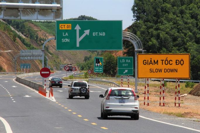 Cao tốc La Sơn – Túy Loan: Gấp rút hoàn thiện, chờ ngày thông xe - Ảnh 13.