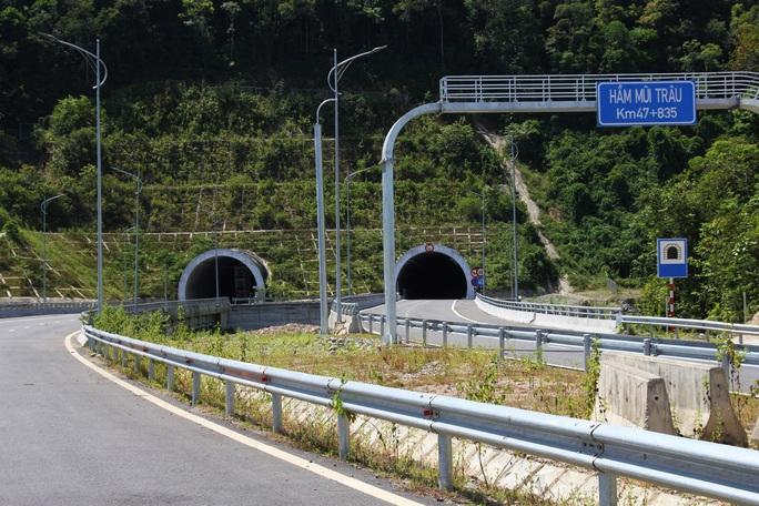 Cao tốc La Sơn – Túy Loan: Gấp rút hoàn thiện, chờ ngày thông xe - Ảnh 9.