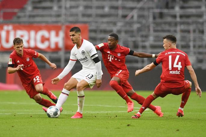 Bayern Munich thắng hủy diệt, chờ siêu kinh điển Bundesliga - Ảnh 3.