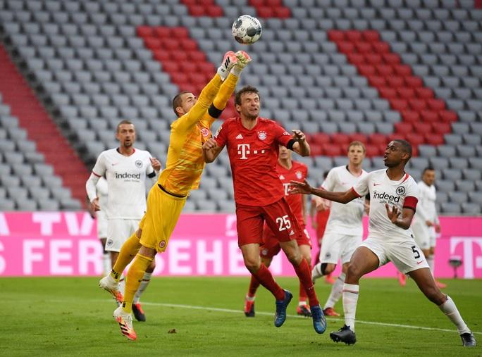 Bayern Munich thắng hủy diệt, chờ siêu kinh điển Bundesliga - Ảnh 2.