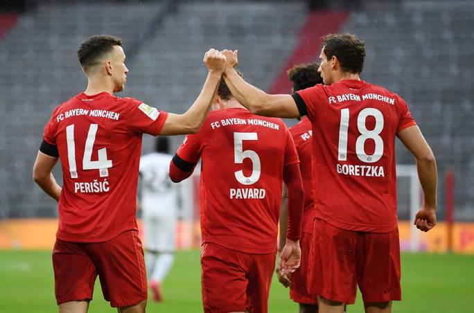 Bayern Munich thắng hủy diệt, chờ siêu kinh điển Bundesliga - Ảnh 4.