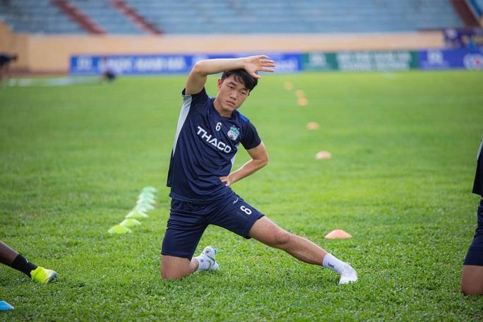 Vì sao Lương Xuân Trường chia tay HAGL ngay sau trận thua Nam Định? - Ảnh 4.
