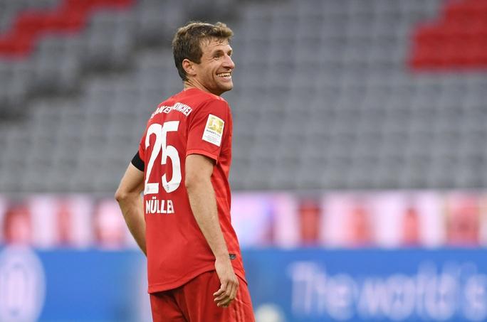 Bayern Munich thắng hủy diệt, chờ siêu kinh điển Bundesliga - Ảnh 5.