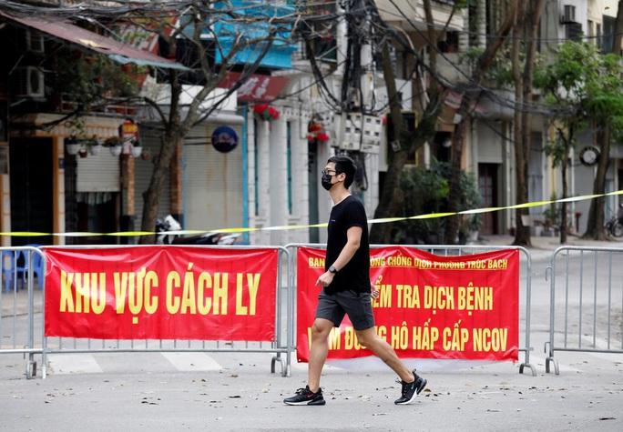 Báo Mỹ Politico: Việt Nam là nước chống dịch Covid-19 hàng đầu thế giới - Ảnh 1.