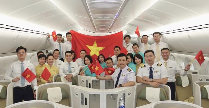 Đưa hơn 340 người Việt từ Washington DC về Nội Bài - Ảnh 11.