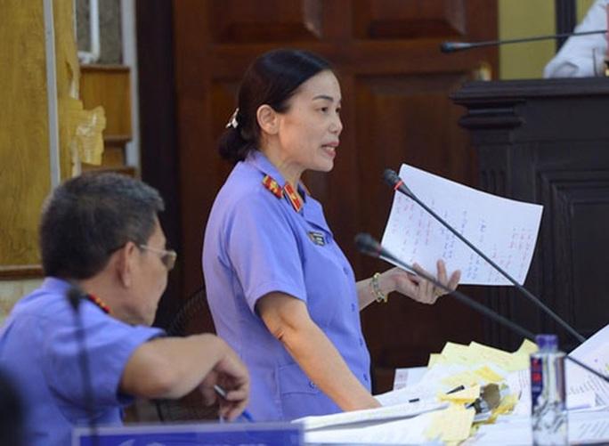 Gian lận điểm thi tại Sơn La: Đủ căn cứ buộc tội đưa, nhận hối lộ 1 tỉ đồng - Ảnh 1.