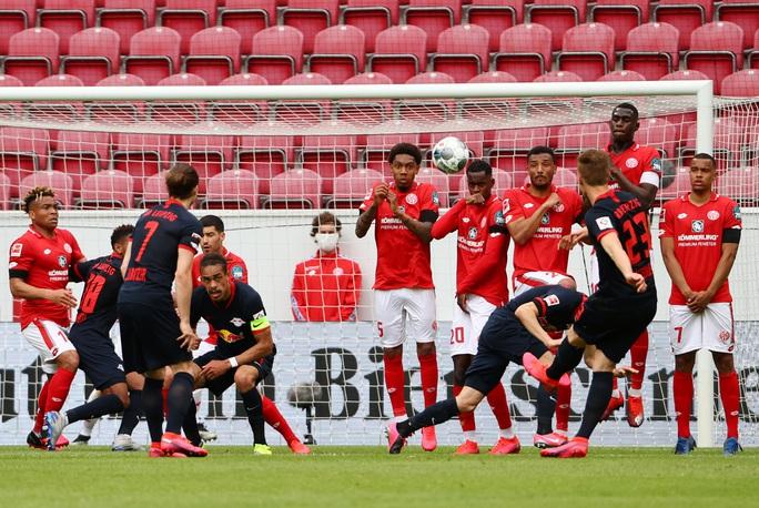 Timo Werner lập hat-trick, Liverpool bỏng mắt với sao RB Leipzig - Ảnh 2.