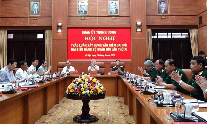Tổng Bí thư, Chủ tịch nước: Chuẩn bị thật tốt nhân sự Quân đội tham gia Trung ương khóa XIII - Ảnh 1.
