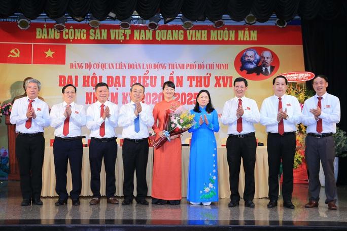 Bà Trần Thị Diệu Thúy tiếp tục được bầu giữ chức Bí thư Đảng ủy Cơ quan LĐLĐ TP HCM - Ảnh 4.