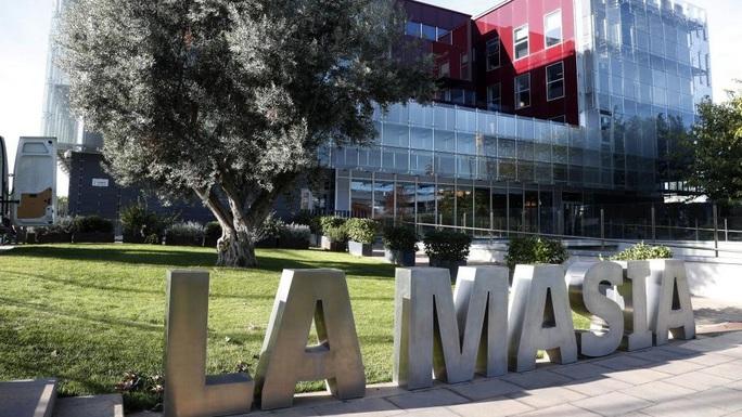 Học viện La Masia gây thất vọng, Barcelona khó mơ thế hệ vàng - Ảnh 1.