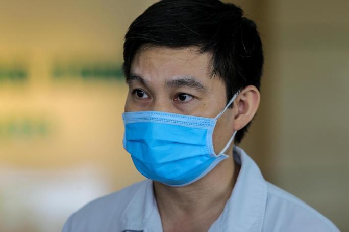 Bác gái bệnh nhân 17: Tôi mang ơn các y bác sĩ đã cứu sống tôi - Ảnh 18.