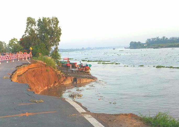An Giang công bố tình huống khẩn cấp sạt lở Quốc lộ 91 - Ảnh 1.