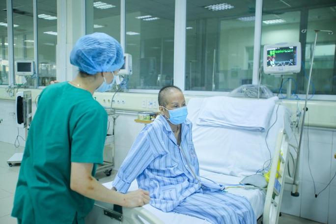Bác gái bệnh nhân 17: Tôi mang ơn các y bác sĩ đã cứu sống tôi - Ảnh 7.
