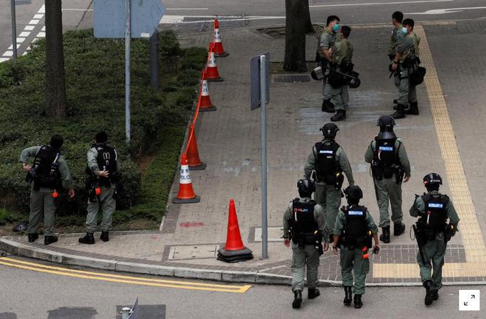 Hồng Kông căng thẳng về dự luật quốc ca Trung Quốc - Ảnh 1.