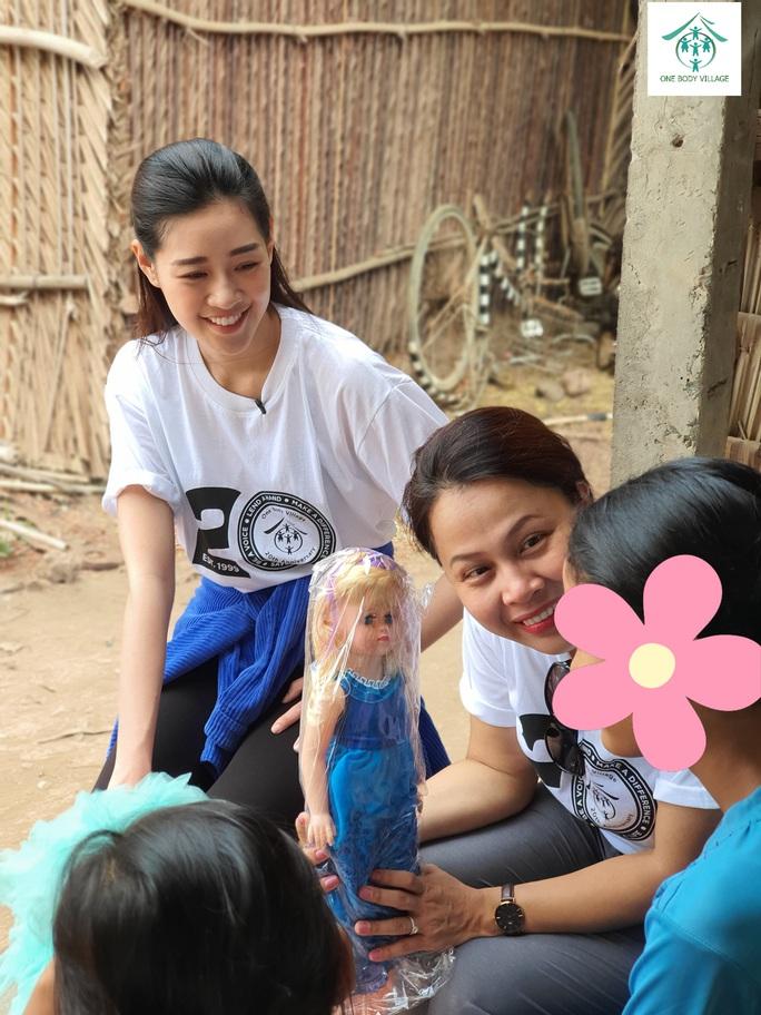 Hoa hậu Khánh Vân giải cứu các trường hợp bị khai thác tình dục - Ảnh 2.