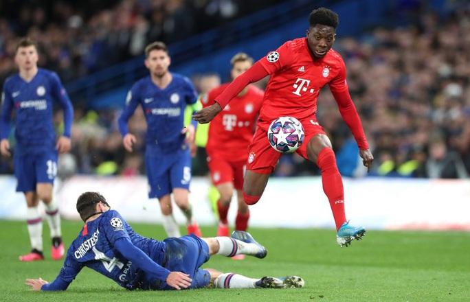 Alphonso Davies: Cậu bé Ghana di dân tỏa sáng ở Bundesliga - Ảnh 9.