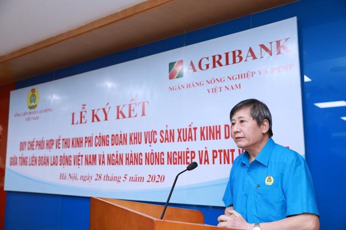 Tổng LĐLĐ Việt Nam và Ngân hàng NN-PTNT ký quy chế phối hợp để chăm lo cho đoàn viên - Ảnh 4.