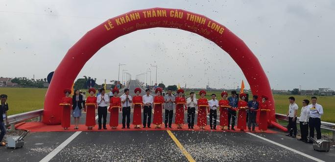 Thông xe cầu Thịnh Long hơn 1.100 tỉ đồng - Ảnh 2.