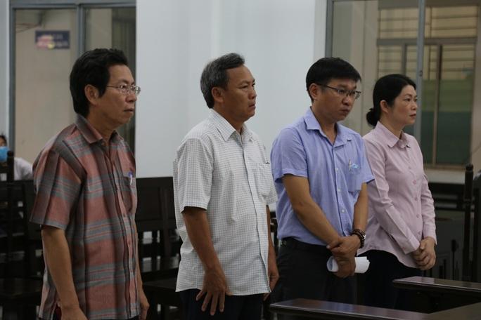 Phó chủ tịch TP Nha Trang từ án tù thành án treo - Ảnh 2.