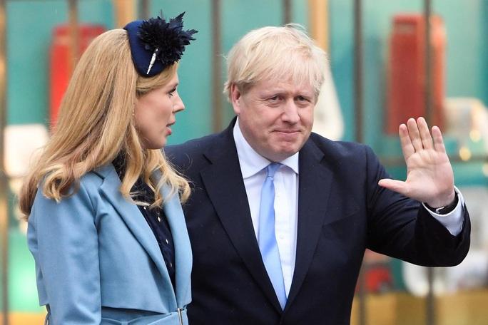 Covid-19: Bác sĩ đã nghĩ đến chuyện thủ tướng Anh tử vong - Ảnh 1.