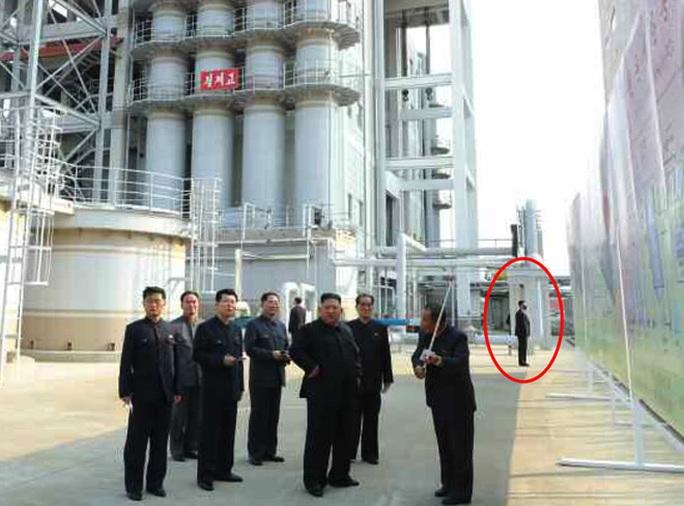 Hình ảnh mới về ông Kim Jong-un hé lộ điều gì? - Ảnh 3.