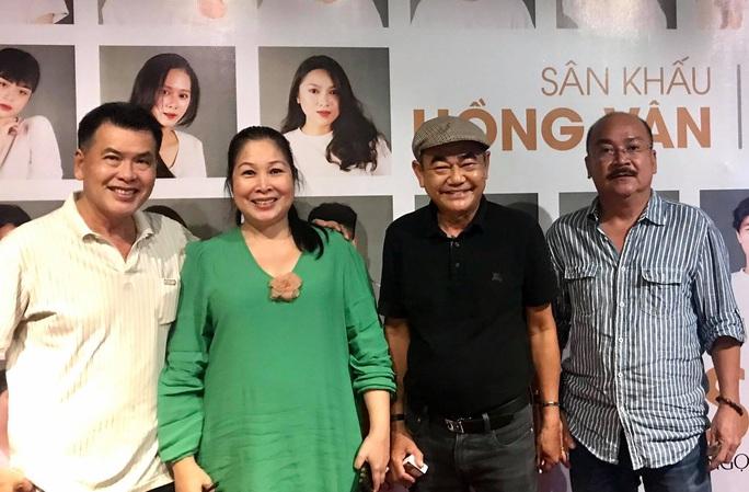 NSND Việt Anh chăm chút diễn viên trẻ tiếng nói sân khấu - Ảnh 3.