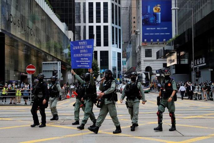 Mờ mịt về hướng dẫn giúp Hồng Kông khôi phục lại trật tự  - Ảnh 2.