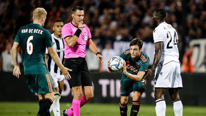 Trọng tài thổi trận có Liverpool, Man City ở Champions League bị bắt khẩn cấp - Ảnh 4.