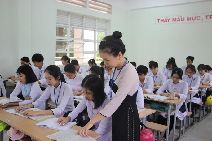 CLIP: Cô giáo trẻ ở Cà Mau tiết lộ lý do hát cải lương khi dạy truyện Kiều  - Ảnh 4.
